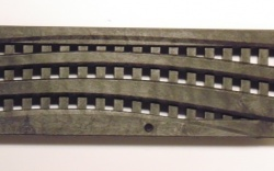 NDS Wave Decorative Channel Grate Black x 900mm